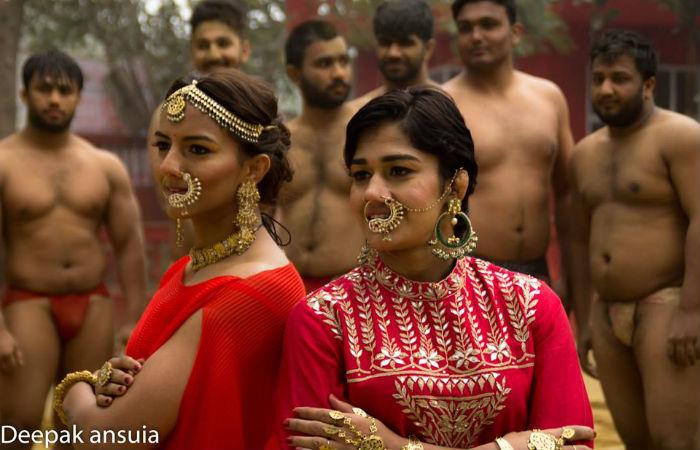 Geeta Phogat and Babita Kumari Picture3