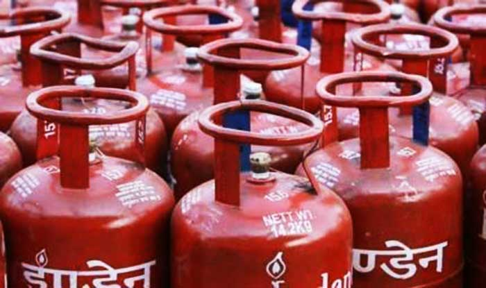Subsidised LPG Price Slashed by Rs 5.91 Per Cylinder; Non-subsidised LPG Rate Cut by Rs 120.50