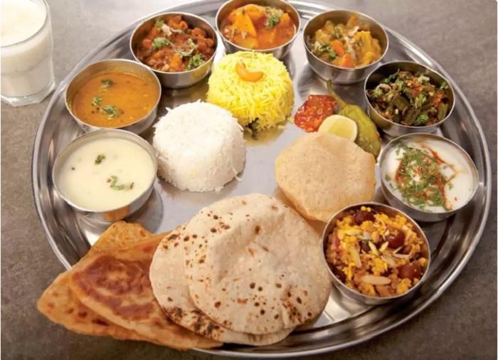 thali restaurants mumbai thackers