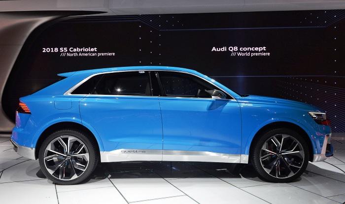 Audi Q8 concept at Detroit - side