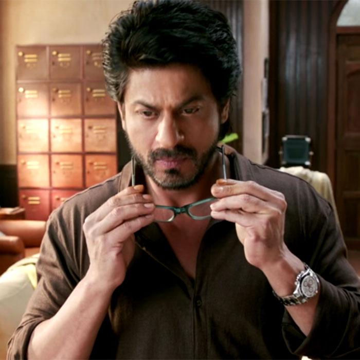 b5fa6e1d74 Shah Rukh Khan is Battery Sala! Top 5 times he rocked the ...