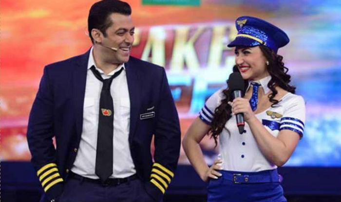Salman Khan and Elli Avram