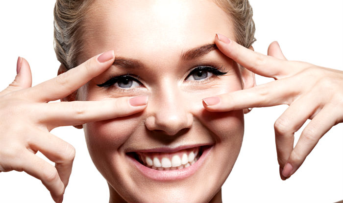 How To Get White Eyes 9 Tips To Make Your Eyes Clear Bright And White India Com