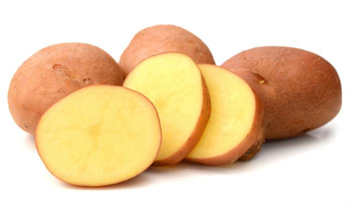 Rub potato slices