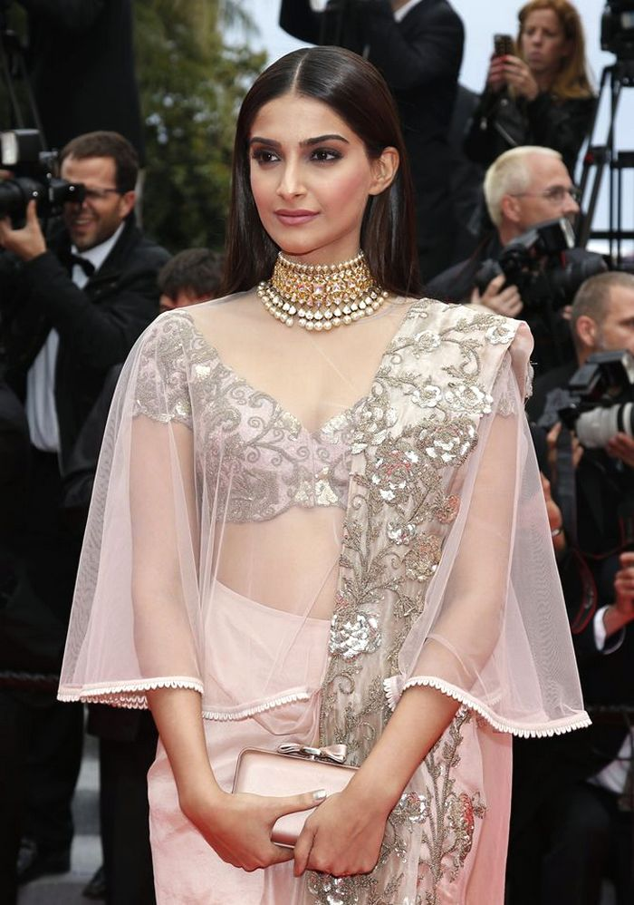 Let S Take Some Inspiration From Sonam Kapoor To Glam Up