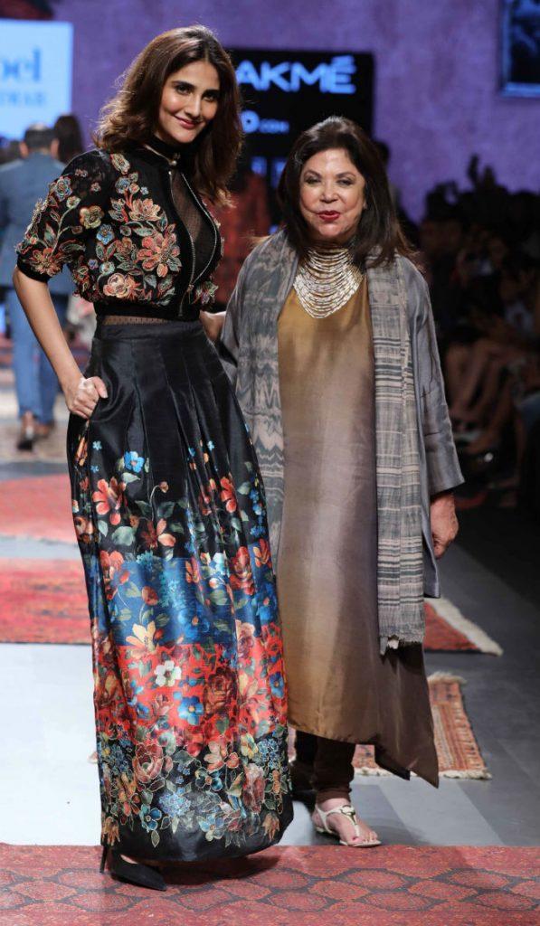 Actress Vaani Kapoor walks for Ritu Kumar at LFW SR 17 (9)