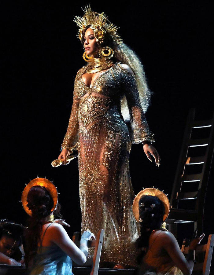 Beyonce at Grammys 2017