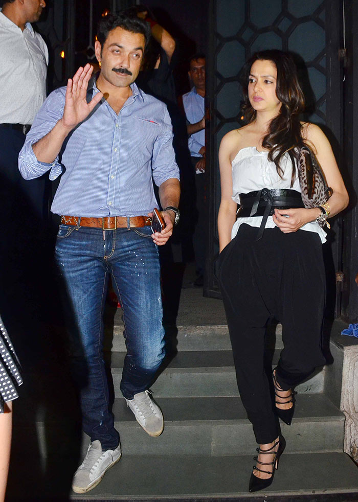 Photos See Akshay Kumar Twinkle Khannas Double Dinner Date With