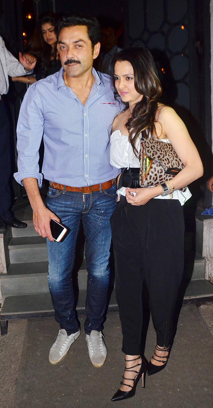 Photos See Akshay Kumar Twinkle Khannas Double Dinner Date With