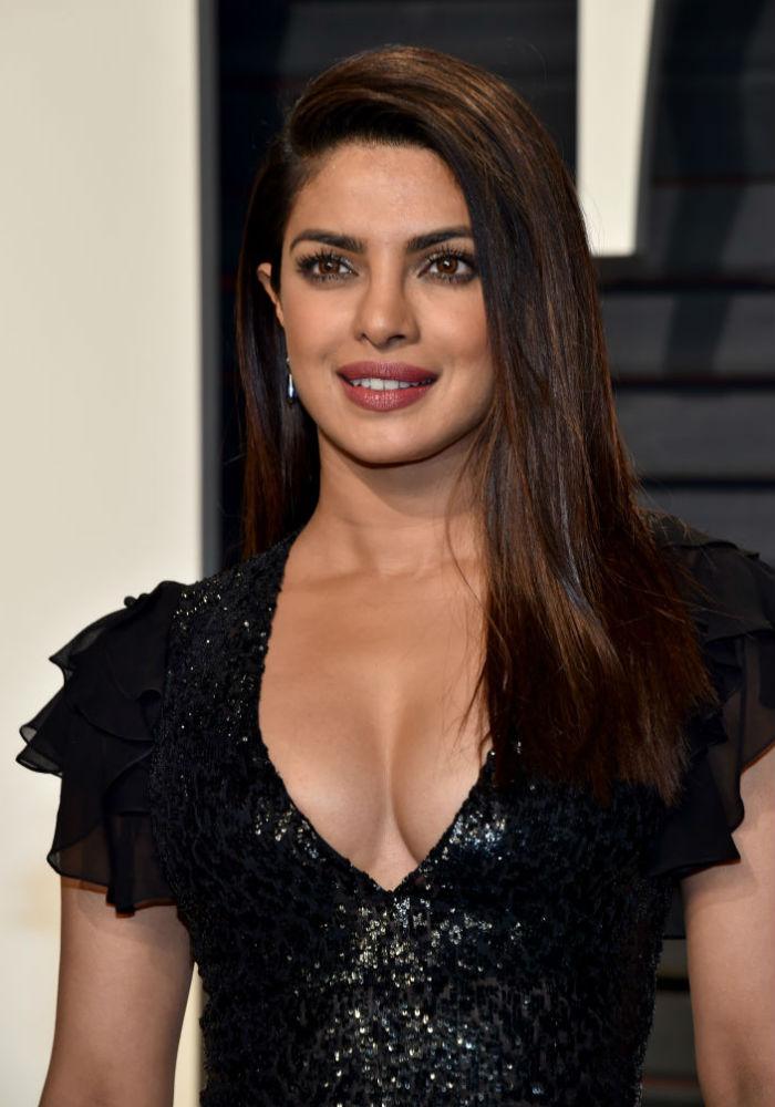 Prinka Chopra sexy Bild