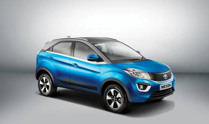Tata-Nexon-side-press-shots-Auto-Expo-2016