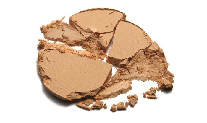 How to fix broken compact powder