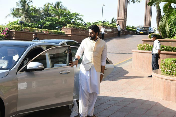 Amitabh Bachchan makes his way for the prayer meet