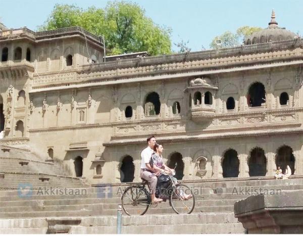 Akshay Kumar and Radhika Apte start Padman shoot in Indore