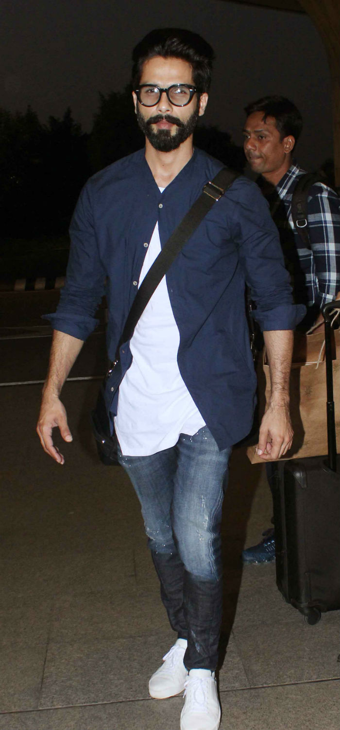 Image result for shahid Kapoor airport look