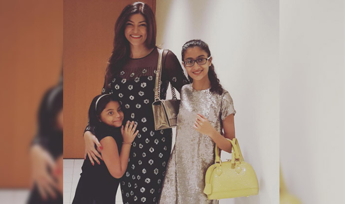 Sushmita-with-kids-(1)