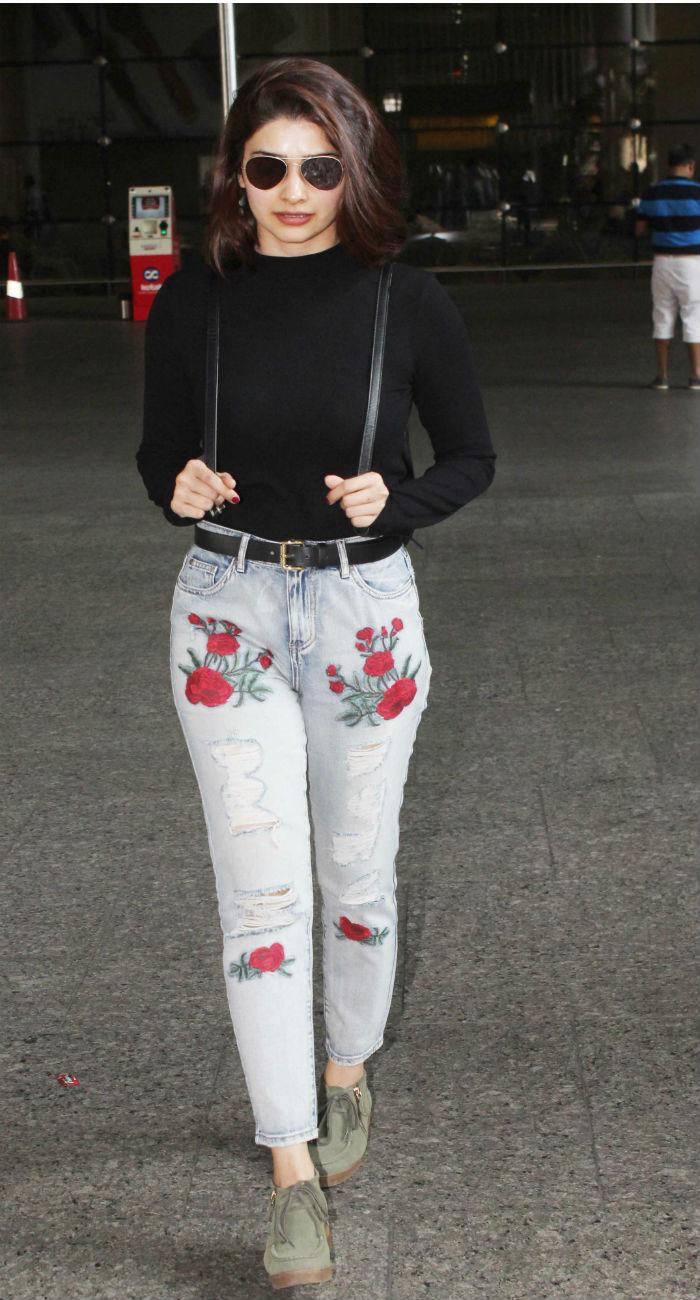 celeb airport style this week kareena kapoor khan