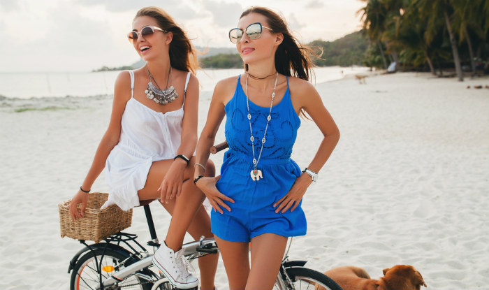How to look hot on a beach vacation: 5 styling tips to get ...
