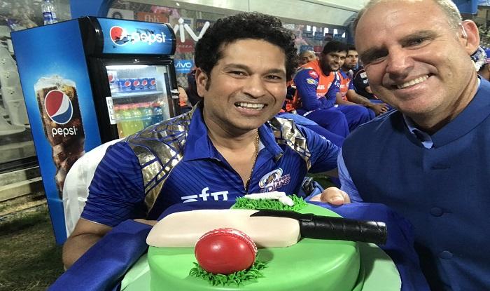 Birthday Cakes With Name Sachin ~ Sachin tendulkar celebrates his birthday by cutting cake at ipl match wankhede india