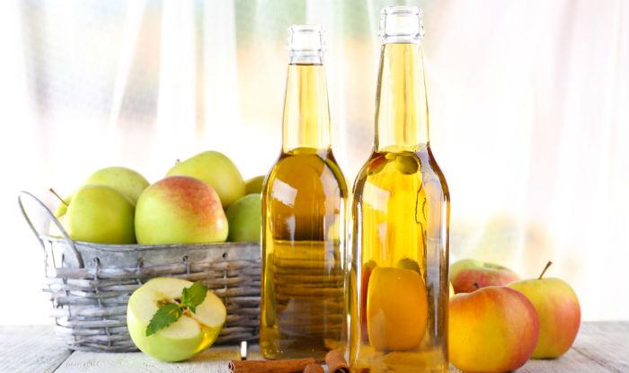Use apple cider vinegar on greasy hair