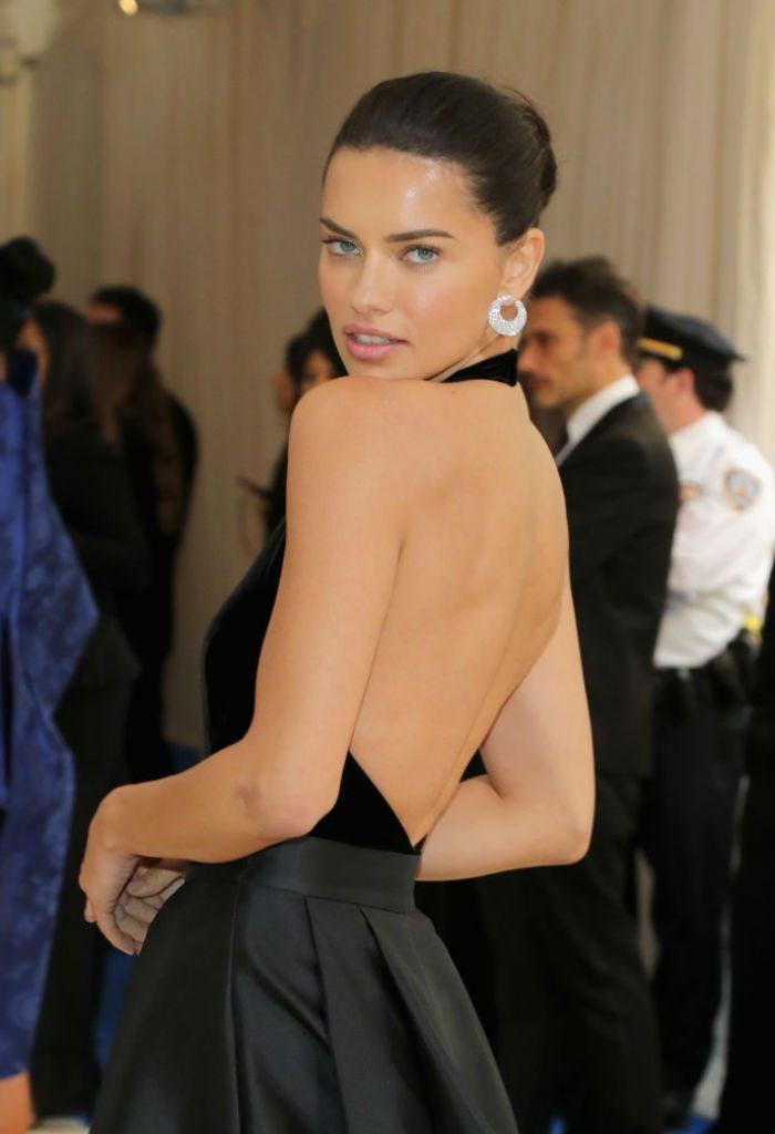 e9e90997ea44 Adriana Lima wadrobe malfunction: Victoria's Secret model almost flashes  her lady bits!