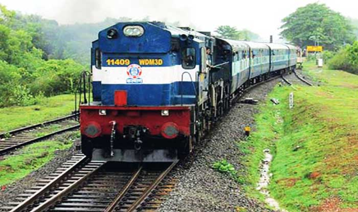 Indian Railways to install vending machines to serve food on trains