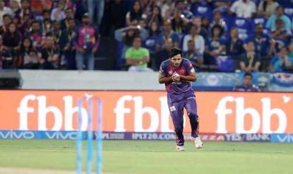 शार्दुल ठाकुर ने एक बेहतरीन कैच पकड़ते हुए रोहित शर्मा को पविलियन की राह दिखा दी (bcci)