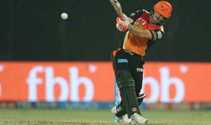 डेविड वॉर्नर ने केकेआर के खिलाफ 35 गेंदों पर 37 रन बनाए (bcci)
