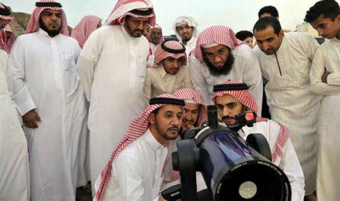Eid Moon Sighting in Saudi Arabia 2017 Chand Raat: Shawwal moon sighted in Saudi Arab, Eid-al-Fitr to be celebrated in KSA on Sunday