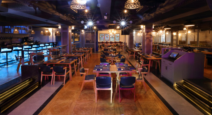 The Finch Mumbai S Brand New Live Music Pub Is A Treat