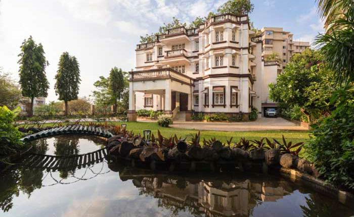 Jatia House Kumar Mangalam Birla Rs 450 Crore