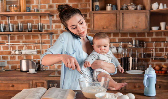mothers multi tasking
