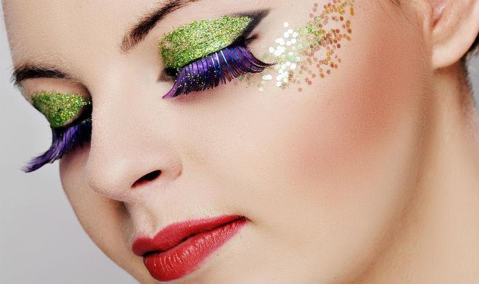 4 hot glitter makeup trends you can rock. Black Bedroom Furniture Sets. Home Design Ideas