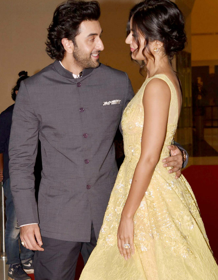 These pictures of Ranbir Kapoor-Katrina Kaif from SIIMA 2017