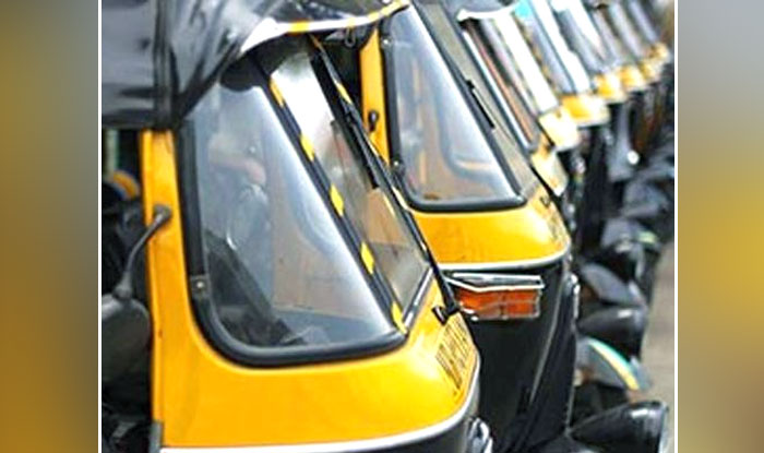 Kerala Woman Gives Birth To Baby In Autorickshaw After