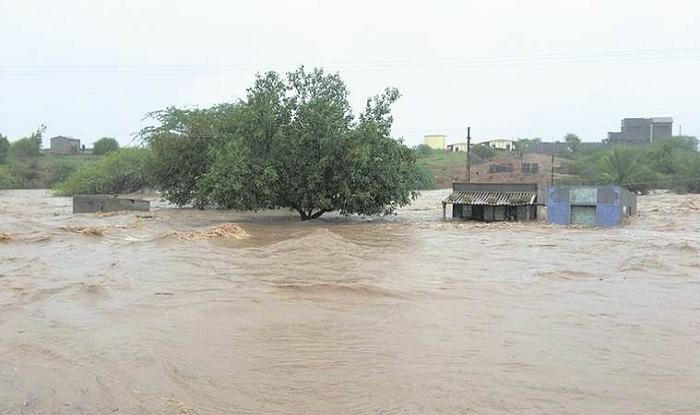 july 2018 gujarat flood Gujarat Rains: Flood Claims 3 Lives; NDRF Teams Pre positioned as  july 2018 gujarat flood
