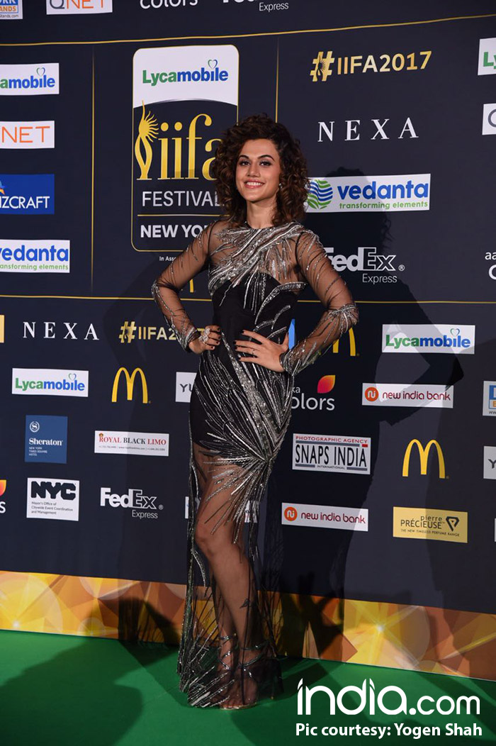 Taapsee-Pannu-(11)