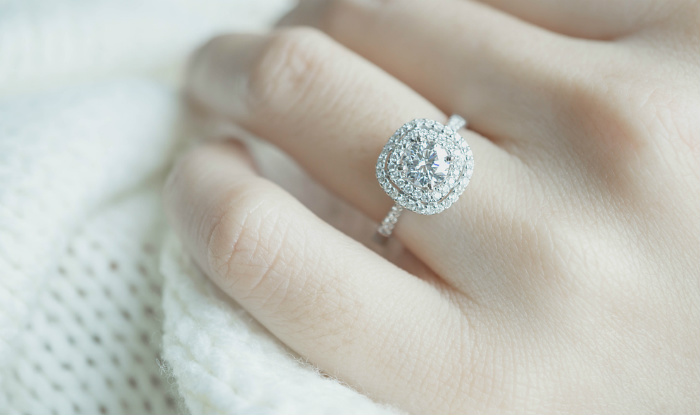 Engagement Ring Ideas How To Pick The Right For Your Friend