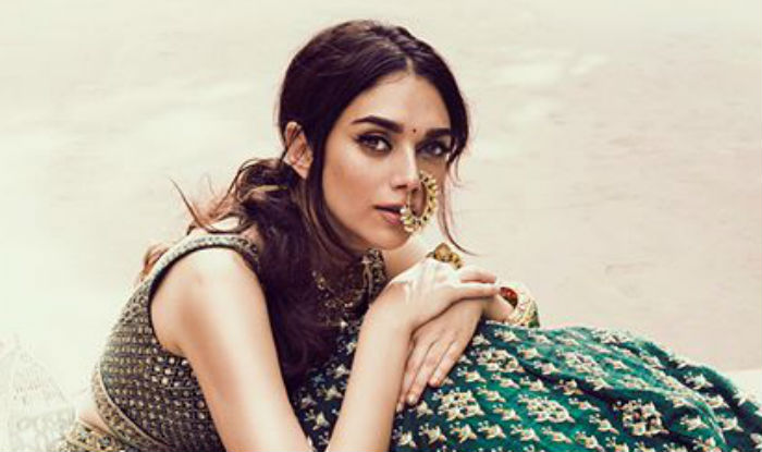 Padmaavat Actress and Royalty Aditi Rao Hydari Looks Smashing In Latest Cover Shoot On Smartphone