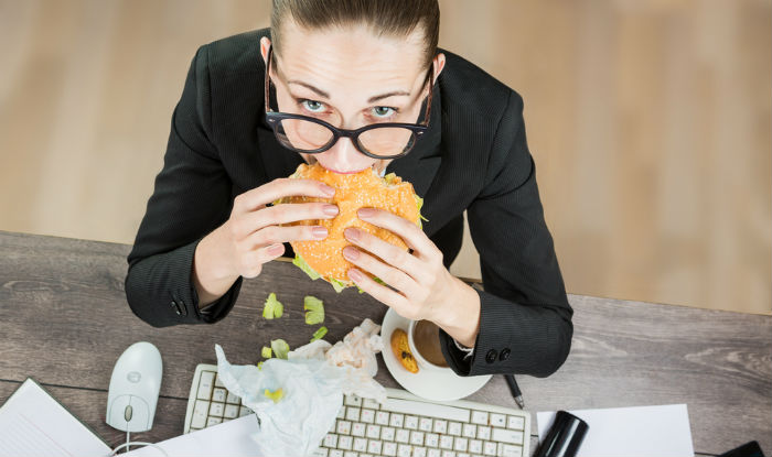 svart fitte eatting fastfoodbleck fitte
