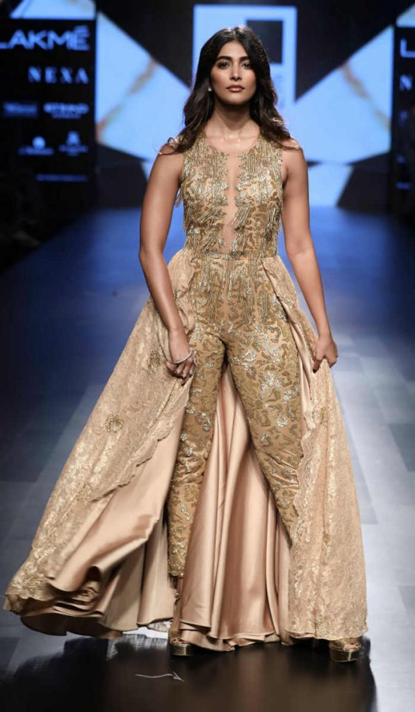 Pooja Hegde Looked Like An Absolute Diva In This Embellished Gold Jumpsuit At The Lfw 2017 Ramp