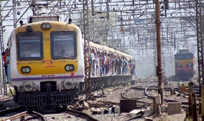 Mumbai Mega Block on March 17 Latest News: Local Train Services on Central, Harbour And Western Lines to Remain Affected For Over 5 Hours