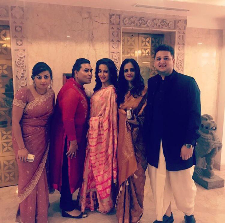 riya-sen-family-on-her-wedding_cdda79ebf35f4da0dd4a38ac49aef08d