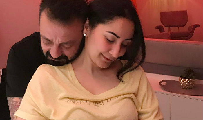 Manyata Dutt Just Posted This Romantic Picture With Sanjay ...
