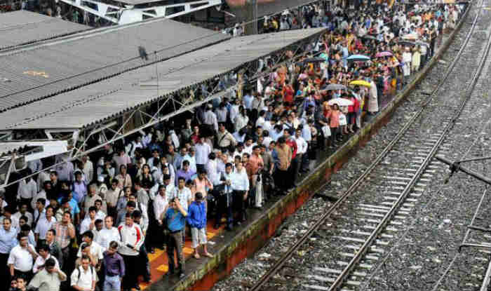 mumbai-local-trains-delayed-on-wednesday-due-to-track-fracture/