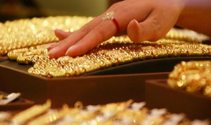 Gold Price Touches 14 Month High Shoots Up To Rs 31 450 Per 10 Gram