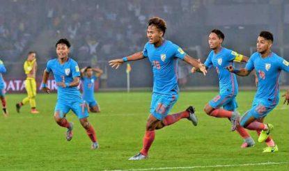 कोलंबिया के खिलाफ फीफा अंडर-17 वर्ल्ड कप में गोल दागने के बाद जश्न मनाते जैक्सन सिंह (PTI)
