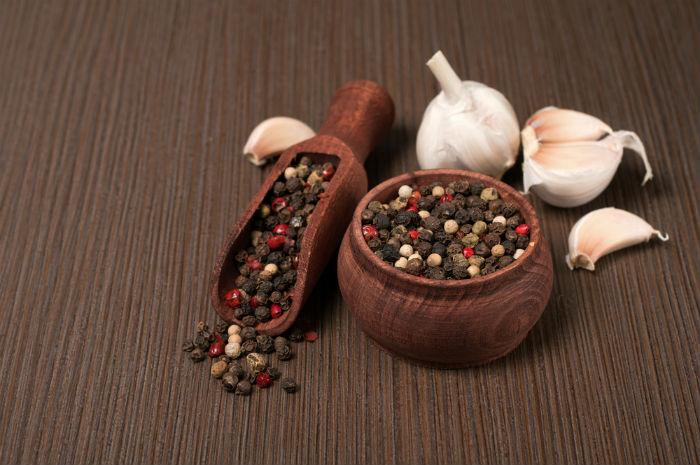 Garlic and black pepper
