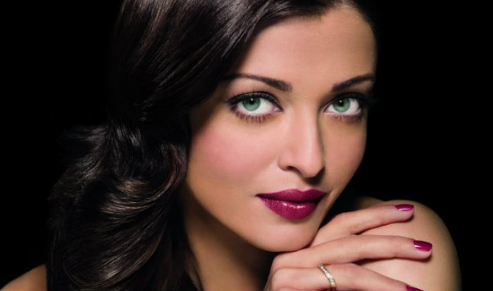 Aishwarya Rai Bachchan To Play A Double Role In The Raat