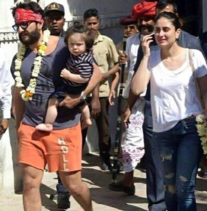 Khan family enjoyed a jeep ride in Rajasthan